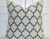 Green Quatrefoil Pillow Cover  - Moroccan Pillow Cover - Geometric - Sofa Pillow - Decorative Cushion  - Square and Lumbar Pillow Cover