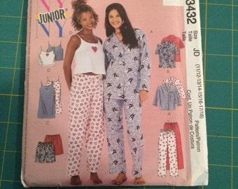 McCall's Teen Pajama Pattern #3432