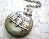 Owl Pendant Necklace, Owl Locket Necklace,Triple Owl Locket Jewelry,Animal Jewelry