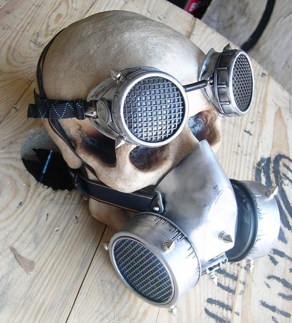 STEAMPUNK GAS MASK - 2 pc set of Silver-Black Distressed Steampunk Respirator Steampunk Mask and Matching Steampunk Goggles with Spikes
