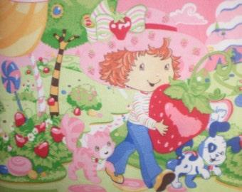 SALE Strawberry Shortcake Kitty Pink Fleece Throw Blanket Soft Warm Wall Hanging New