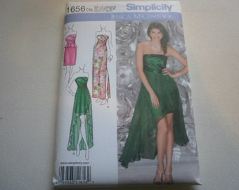 Pattern Ladies  Evening Dresses or Gown 3 Styles Sizes 4 to 12 Simplicity 1656