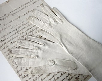 "1940s White Kid 11"" Leather Gloves Size 6 TINY"