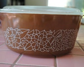 Vintage Pyrex Casserole Dish with lid - Woodland pattern from 1978