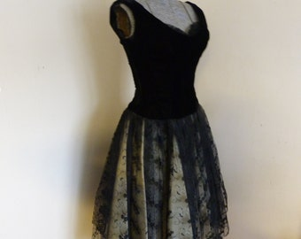 Vintage Amazing 1950's Party Dress Black and Lace Small