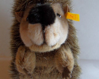 Steiff porcupine, hedgehog, w. button/flag/sales tag, made in Germany 688
