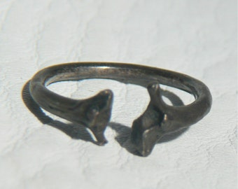 Open band Adjustable Ring in Oxidized Sterling Silver of Nature cast from Snake Bones