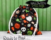 LARGE HALLOWEEN Trick or Treat Candy or Party Favor Bag in Black Scatter from Boo to You by Riley Blake Designs