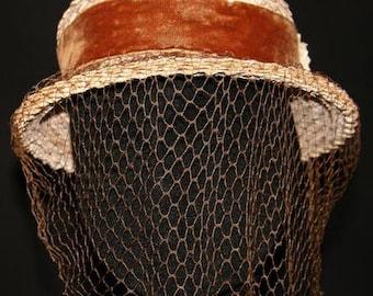 Lovely 1930s Whitewash Straw Hat with Cocoa Velvet & Veil -30s  Millinery - Wonderful Character - Spring - Fall - Autumn - Net - 32236-1
