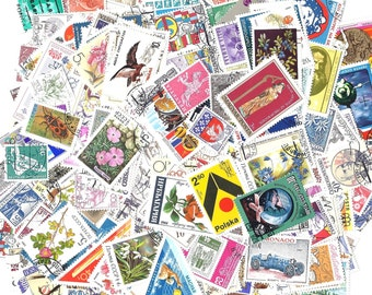 25 Mixed Vintage Worldwide Postage Stamps - Assorted STAMP pack from all over the world