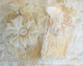 Lacy gift tags