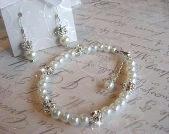 Swarovski Rhinestone and Pearl Bracelet and Earring Set - Brides or Bridesmaid Jewelry Set - Wedding Jewelry