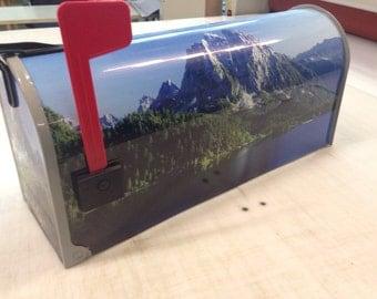 Mountain scene mailbox