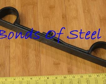 Short Bar Handcuffs Restraint Bonds of Steel Mature