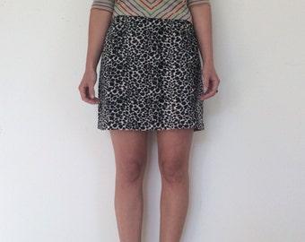 Vintage 90's // Fuzzy Leopard Mini Skirt // Med/Large