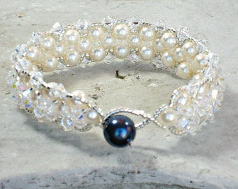 Bracelet SOMETHING BLUE with Midnight Blue Swarovski Pearl for Brides, Bridal Bracelet