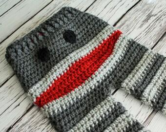 Crochet Monkey Baby Pants - Baby to Toddler Monkey Pants - Grey Sock Monkey Pants -  Baby Shower Gift - by JoJo's Bootique