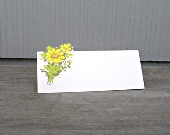 Vintage Table Place cards | Yellow Flowers