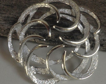 vintage Sarah Coventry Silver BROOCH, Tailored Swirl, silver, 1960's