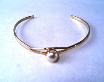 Bracelet Faux Pearl Gold Plated Vintage