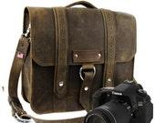 "10"" Distressed Tan Napa Safari Leather Camera Bag"