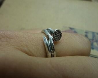 10pcs 18mm Antique Bronze/Silver 3D  Twisted Nail Ring  Charm Pendant  c7255 c7337