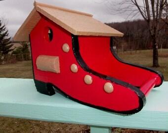 Wooden Shoe Birdhouse