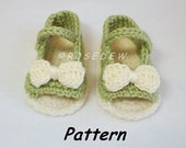 Instant Download to PDF CROCHET Pattern: New Open Toe Summer Baby Shoes w Optional Bow or Flower