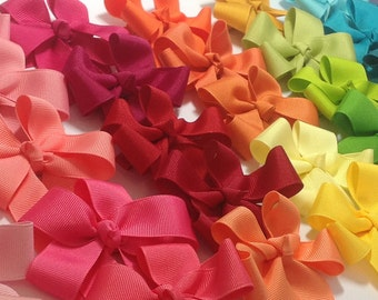 One Tails Down Hair Bow - Your Choice of Color, Tails Down Bow, Girls Hair Bow, Grosgrain Hair Bow, Girls Hair Accessory