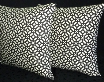 Throw Pillows, Pillow Covers, Accent Pillows, Decorative Pillows - Set of Two 22 Inch - Black and Ivory