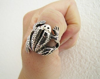 Vintage Large Frog Sterling Silver Chunky Ring, Size 8, lucky charm ring