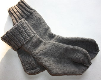 28 cm /// 11 inches Gorgeous Woolen Hand Knitted Socks-Perfectly keep heel - Wool Socks - US Men 10.5 /// US Women 12 /// EU 44