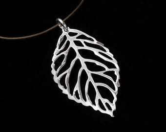 1 of 925 Sterling Silver Leaf Pendant 15x26 mm.Polish Finished :th1880