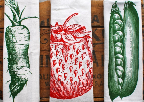 Flour sack towels: Eat your fruits & veggies
