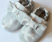 Gray Bird and Bow Crib Shoes