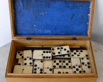 28 DOMINOES in MAUCHLINEWARE BOX  Thick Ebony Tiles Brass Spinner Full Set 28 Double Sixes 6's Beautiful Blonde Wooden Scottish Box 1800's