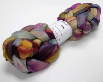 SUPER SOFT Malabrigo Nube Hand Dyed 100% merino wool top - 862 Piedras - Luxury fiber for HandSpinning Needlefelting Felting Thrumbed Mitts