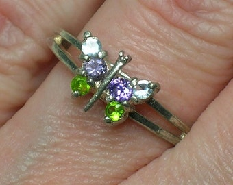 Sterling Butterfly Ring, Natural Gemstone, Dainty and Feminine. Retro 1980s. Size 6 3/4