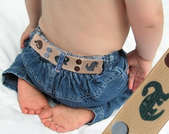 "Toddler Belt - Elastic Snap Belt - ""Dinosaur Sand"""
