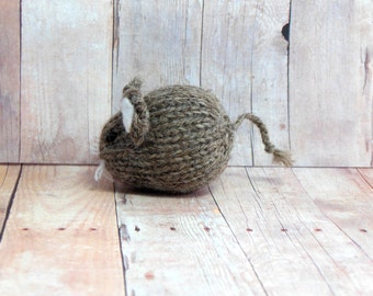 Mouse, Brown Knit Mouse Toy Ornament . Waldorf Woodland Soft Toy . Girls and Boys . Alpaca . Gifts under 20