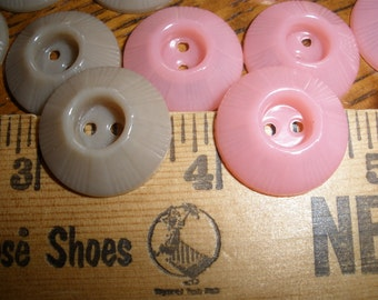"""Vintage Inkwell buttons 3/4"""" Pink & Khaki Tan Molded Plastic 2-hole15 piece mix choose 30L 19MM sewing crafts paper tag supply scrapbooking"""