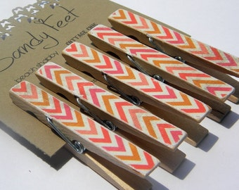 Decorative Clothes Pins in a orange and pink chevron. Decoupaged clothes pins. 5 piece set.