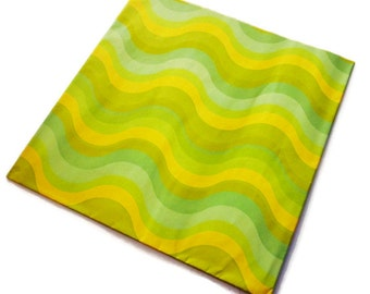Vintage Wrapping Paper - Luscious Lime Wave - One Full All Occasion Sheet - Hysil
