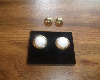 vintage clip on earrings goldtone avon interchangeable gold white