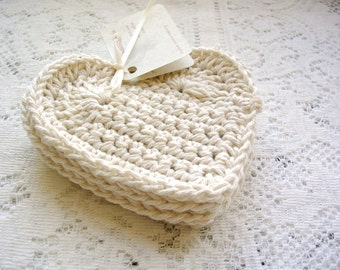 Modern Minimalist Heart Coasters - Crochet Heart Coaster - Drink Coasters - Off White Coasters - Home Decor - Cottage Chic Crochet Coasters