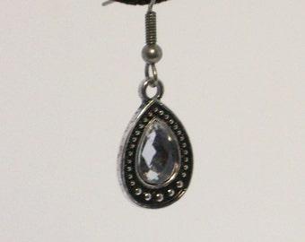 Simple silver gem drop earrings