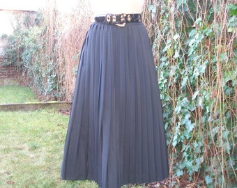 Pleated Long Skirt / Pleated Skirt / Pleated Skirts / Vintage / Black / Size EUR44 / UK16 / Big / Large