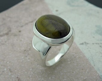 tiger eye cabochon sterling silver ring