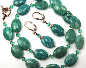 Oval Green Gemstone. Copper and Light Emerald Swarovski Crystal Necklace and Earring Set