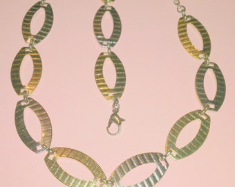 Vintage Two Tone Link Necklace and Earring Demi Parure